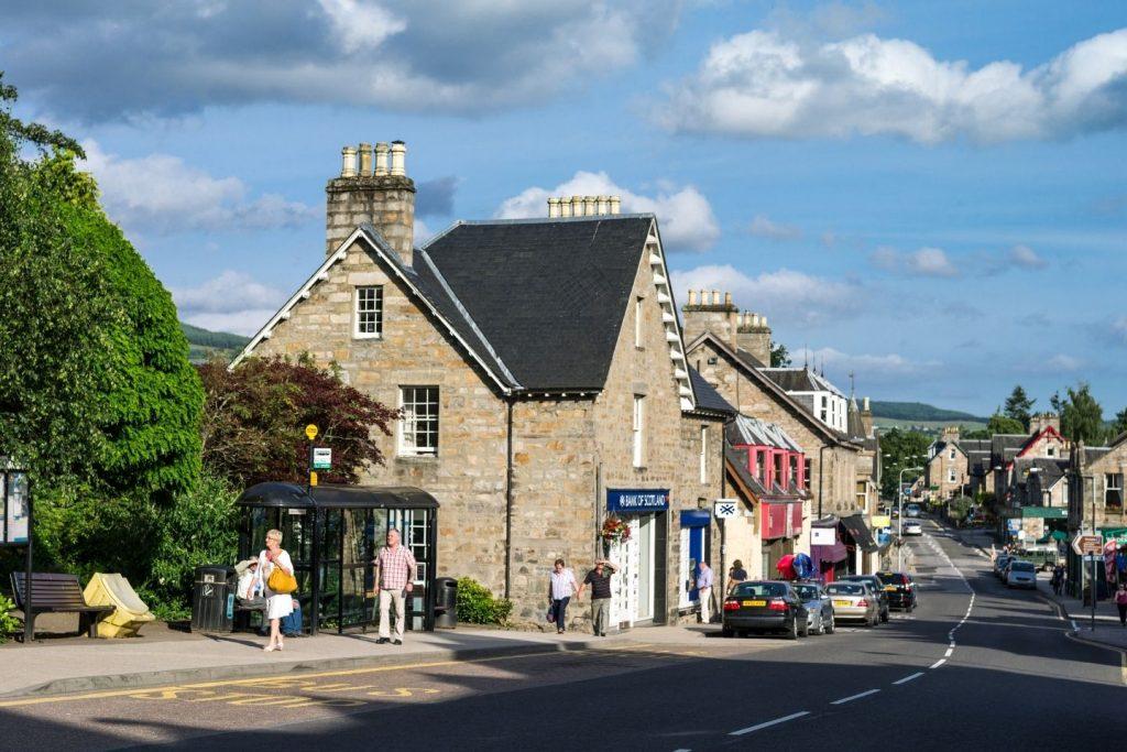 Pitlochry High Street